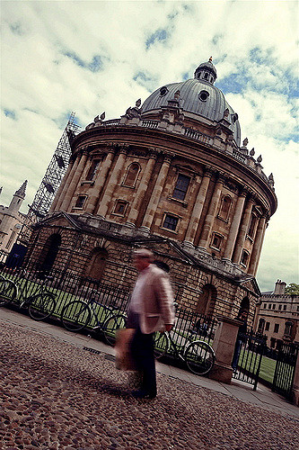 Scaffolding on Oxford's Radcliffe Camera Library. Photo by me, 2009 (CC-BY-NC).